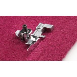 Лапка для потайной подгибки и кружева на Pfaff Coverlock